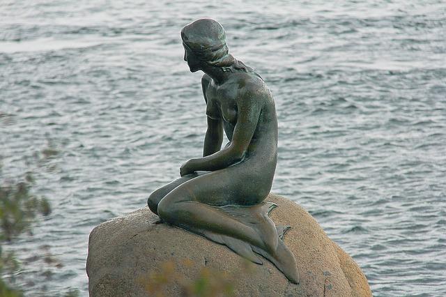 mořská panna socha