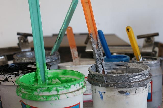 barevné inkousty