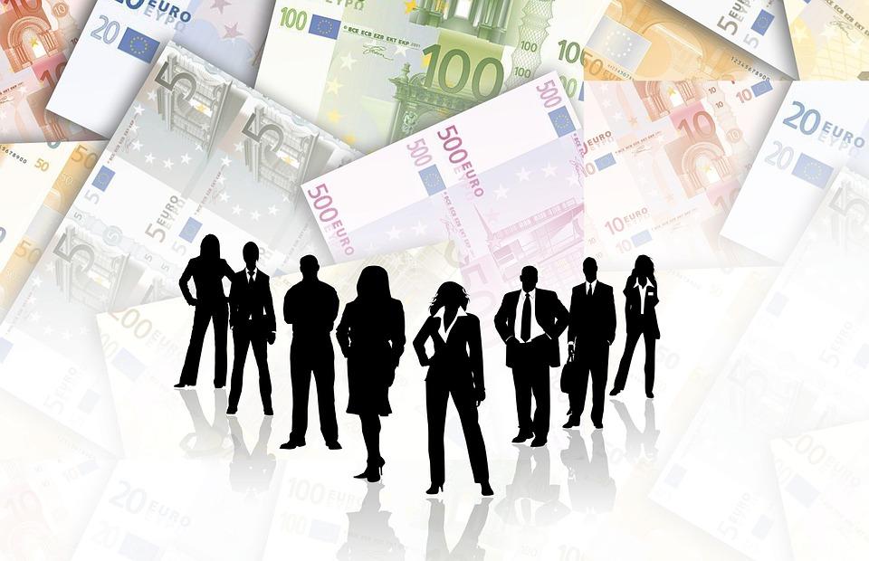 lidé a peníze